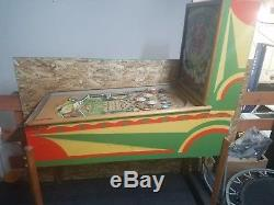 1952 Gottlieb Queen of Hearts woodrail pinball machine