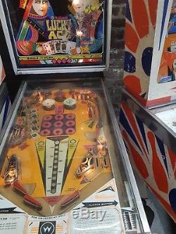 8 vintage arcade pinball machines bally williams gottlieb