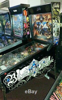 Bally BLACK ROSE arcade pinball good working order