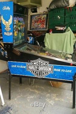 Bally HARLEY DAVIDSON classic arcade pinball machine NICE ONE