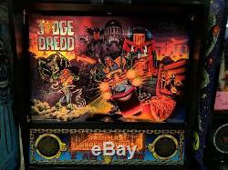 Bally Judge Dredd Pinball Machine Works Great