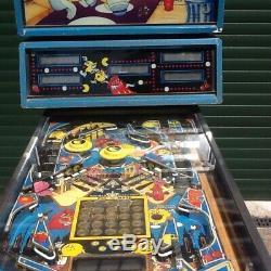 Bally Mr&Mrs PacMan Pinball Machine, working order