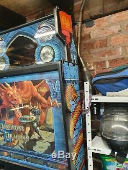 Bally dungeons and dragonsPinball machine