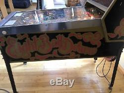Bally eight ball deluxe limited edition vintage Pinball machine