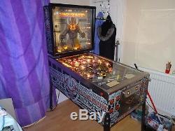 Bally space invders pinball machine