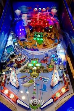Beautiful Mega Rare Jetsons Special Edition Spooky Arcade Pinball Machine