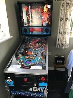 Bram Stokers Dracula Pinball Machine by Williams 1993 in Great condition