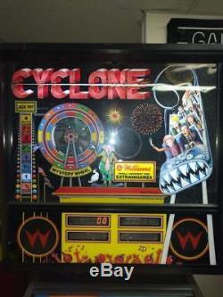 Cyclone Pinball Arcade machine. Nice. Free Shipping. Led Kit Installed