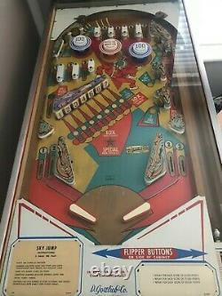 D. Gottlieb & Co. USA Rare Vintage'SKY JUMP' (1974) EM Chime Pinball Machine
