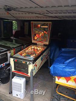 D. Gottlieb and Co. 1974 Sky Jump Pinball Machine