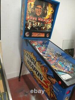 Data east Lethal weapon 3 pinball machine