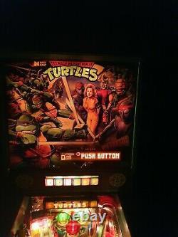 Data east teenage mutant ninja turtle pinball machine