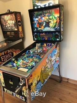 Fish Tales Pinball Machine By Williams 1992 Amazing Condition & Great Game