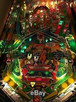 Fishtails pinball machine, diamond plate playfield