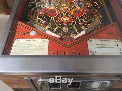 Flash gordon vintage pinball machine