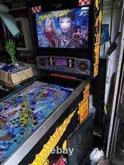 Full Size Virtual Pinball built in an original williams big guns cabinet