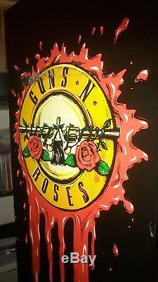 Guns N' Roses Pinball Machine With Extras Guns N Roses