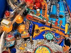 Pinball Williams WHIRLWIND 1990 Flipper Full Working Very Rare Pinball Machine