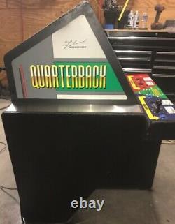 QUARTERBACK ARCADE MACHINE by LELAND 1987 (Excellent Condition) RARE