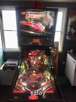 Refurbished The Getaway Pinball Machine