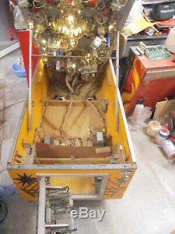 Rocky Gottlieb Pinball Machine