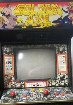 SEGA GOLDEN AXE ARCADE MACHINE (Excellent Condition) RARE