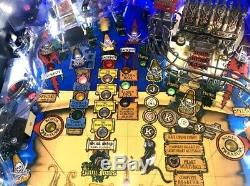 Stern Pirates Of The Caribbean Pinball Machine