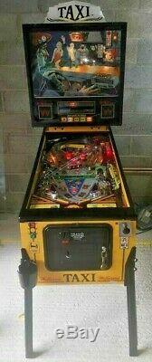 Taxi Marilyn pinball machine