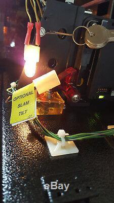 Tron Legacy Pinball Machine Stern 2012 Showroom Use ONLYMINTRARE