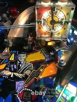 Twilight zone pinball machine with pin sound