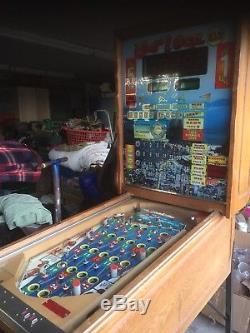 Vintage Belgiun Bingo Pinball