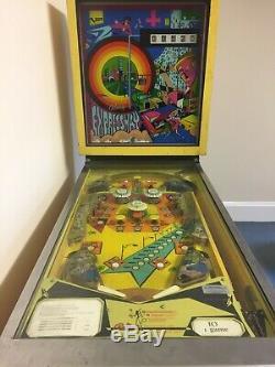 Vintage Pinball Machine (1971 Bally Expressway)