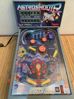 Vintage TOMY Astro Shooter Pinball Electronic Arcade Machine Boxed
