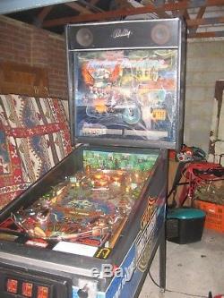 Vintage pinball machine HARLEY DAVIDSON BALLY