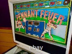 Williams Penant Fever Pitch an Bat Pinball