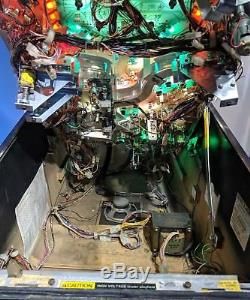 Williams Star Trek The Next Generation 1993 Pinball machine in great condition