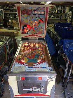 D Gottlieb And Co 1974 Sky Jump Pinball Machine